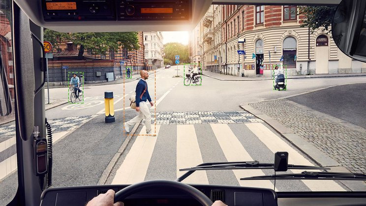 Volvo Buses launches pedestrian detection