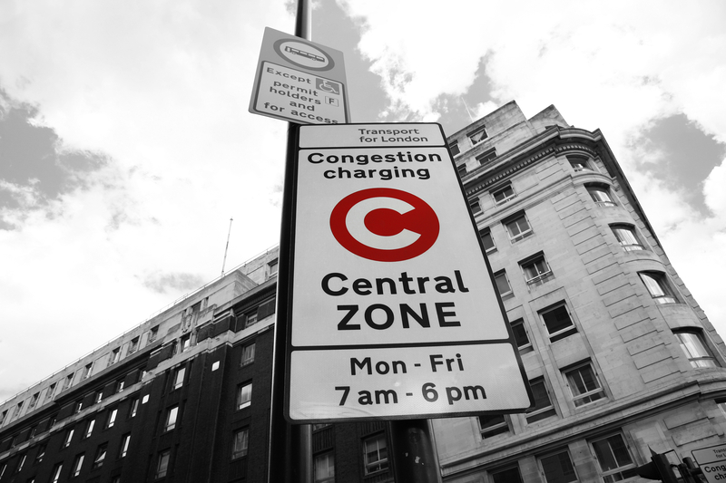 Congestion charging zone © Anizza | Dreamstime.com