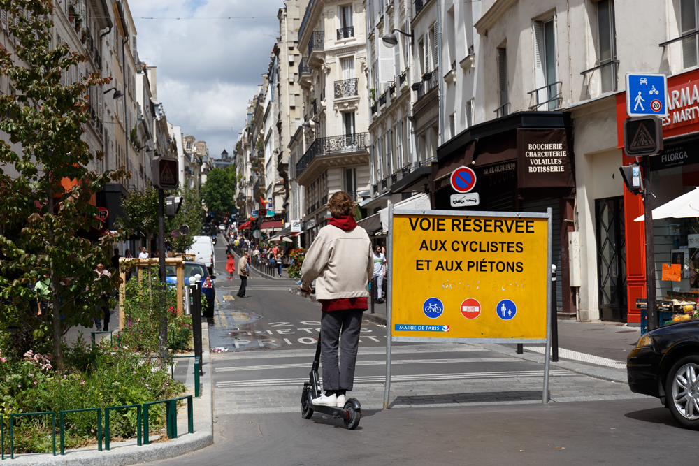 Research suggests free-floating e-scooters actually increased GHG in Paris – but could have a positive impact on air quality in other cities© Christian Jakob | Dreamstime.com