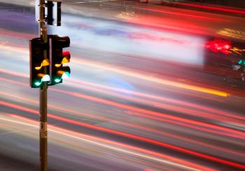 Dallas may use CV tech that allows traffic signal controllers to communicate with vehicles (© Comzeal | Dreamstime.com)