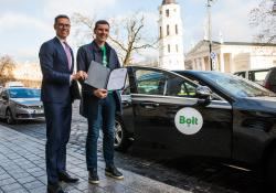 Alexander Stubb (left) and Bolt co-founder Martin Villig (credit: EIB)