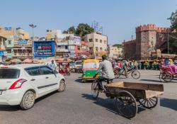 Sweden-India Transport Innovation and Safety Partnership sets out to reduce traffic fatalities (© Matyas Rehak | Dreamstime.com)