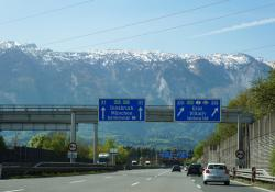 Asfinag is to deploy up to 525 Siemens RSUs along Austria's highways (© Boonrit Panyaphinitnugoon | Dreamstime.com)