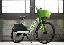 Lime e-bike includes an automatic two-speed transmission that eliminates old gears (Credit - Matthew Reamer)